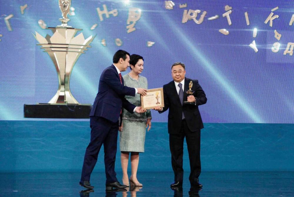 Компания «KAZMEDPRIBOR Holding» стала лауреатом премии Президента «Алтын Сапа»